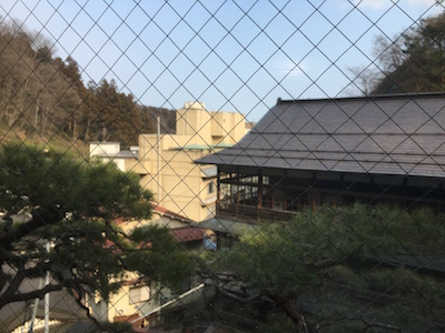 湯主一條、窓からの景色
